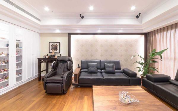 沉稳色调与白色新古典的风格融合,是自游空间设计工程的大胆尝试,空间内敛沉稳而优雅。