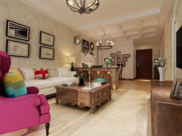 客厅整体的设计效果展示,客厅的墙面铺贴欧式风格壁纸,颜色采用淡黄色。美式乡村风格的家具纹理较粗糙,壁纸做旧感。