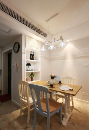 简约 三居 美式 简美 小资 清新 小清新 餐厅图片来自佰辰生活装饰在缤纷夏日温馨之家 87平两室一厅的分享