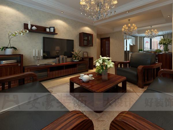 客厅沙发以真皮和实木为材质,从质感上来看两者相辅相成,从色彩上来看两者差异中又有对比,,在简洁的沙发背景的衬托下,使得视觉的中心点集中在沙发上,更加凸显主题。身在此地,顿时将身份品味提高了一截。