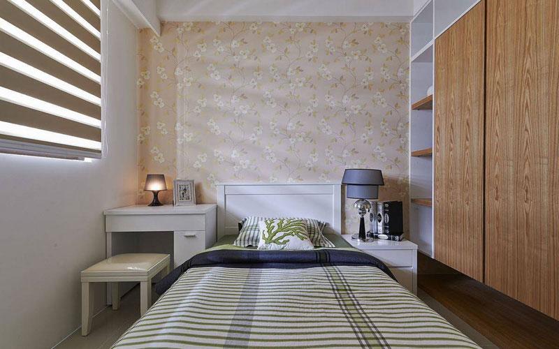 简约 二居 收纳 小资 卧室图片来自亚光亚装饰在天通苑北现代简约三居的分享