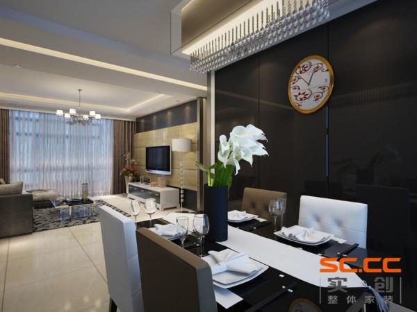 餐厅的背景设计以黑色玻璃镜面为主,不仅拉伸了空间的宽度,而又彰显时尚。