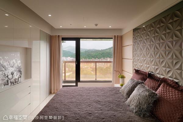 高楼层住宅享有远望山景的优势,让家成为一处舒心疗愈之所。