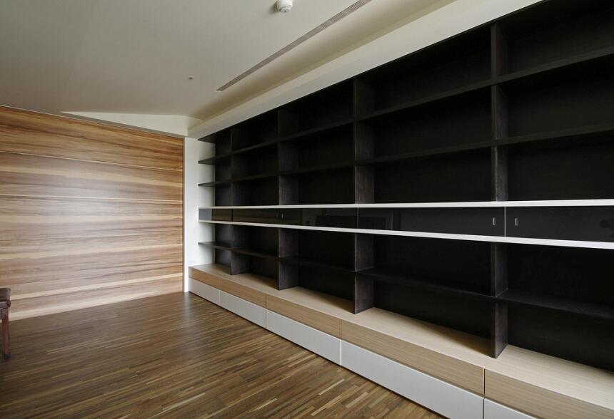 简约 书房图片来自紫禁尚品设计师李擎在首开常青藤现代简约风格的分享