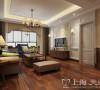 郑州蓝堡湾139平三室两厅美式乡村装修案例——客厅全景布局效果图