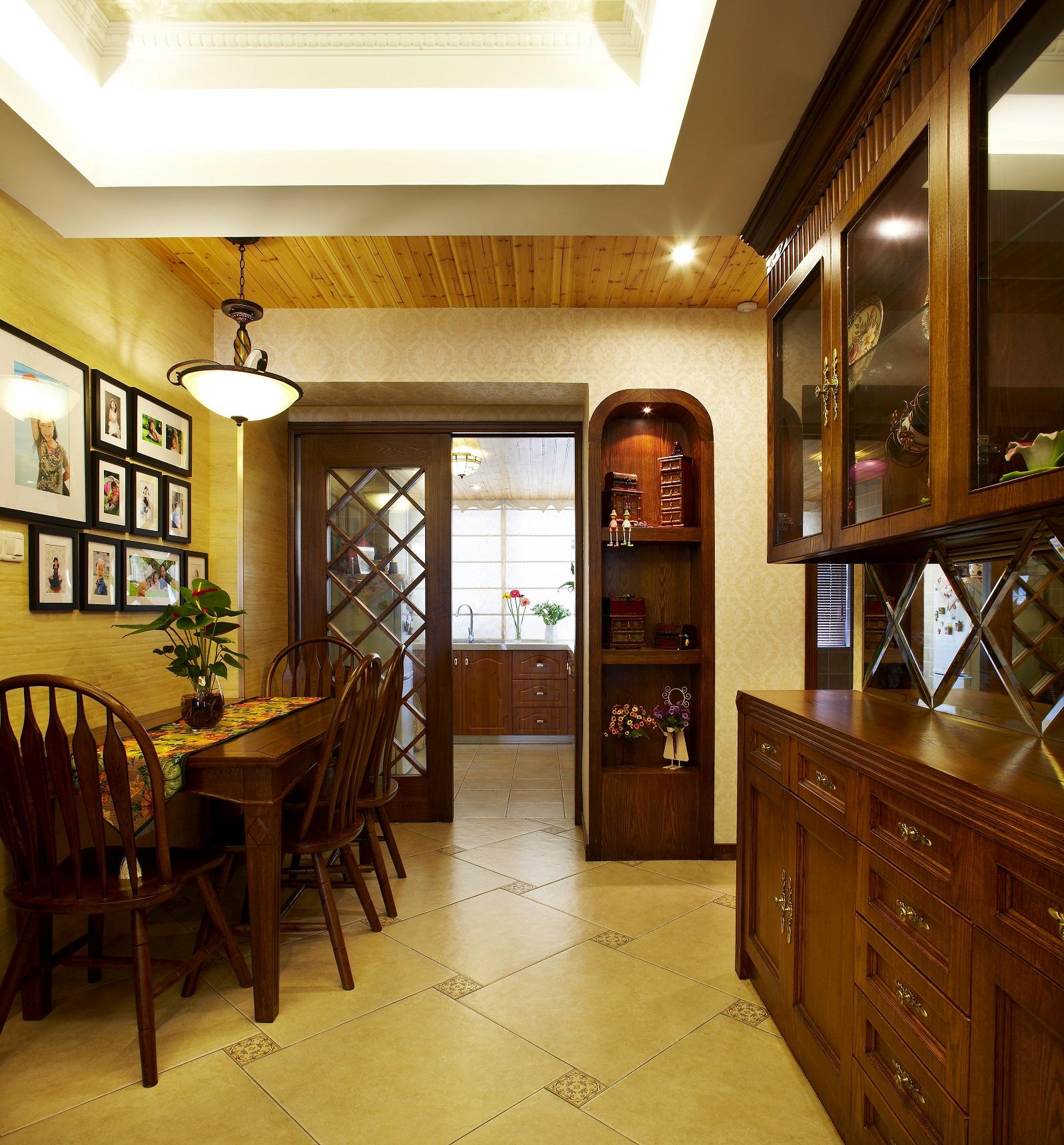 客厅图片来自小若爱雨在设计源于生活,生活才会多姿多彩的分享