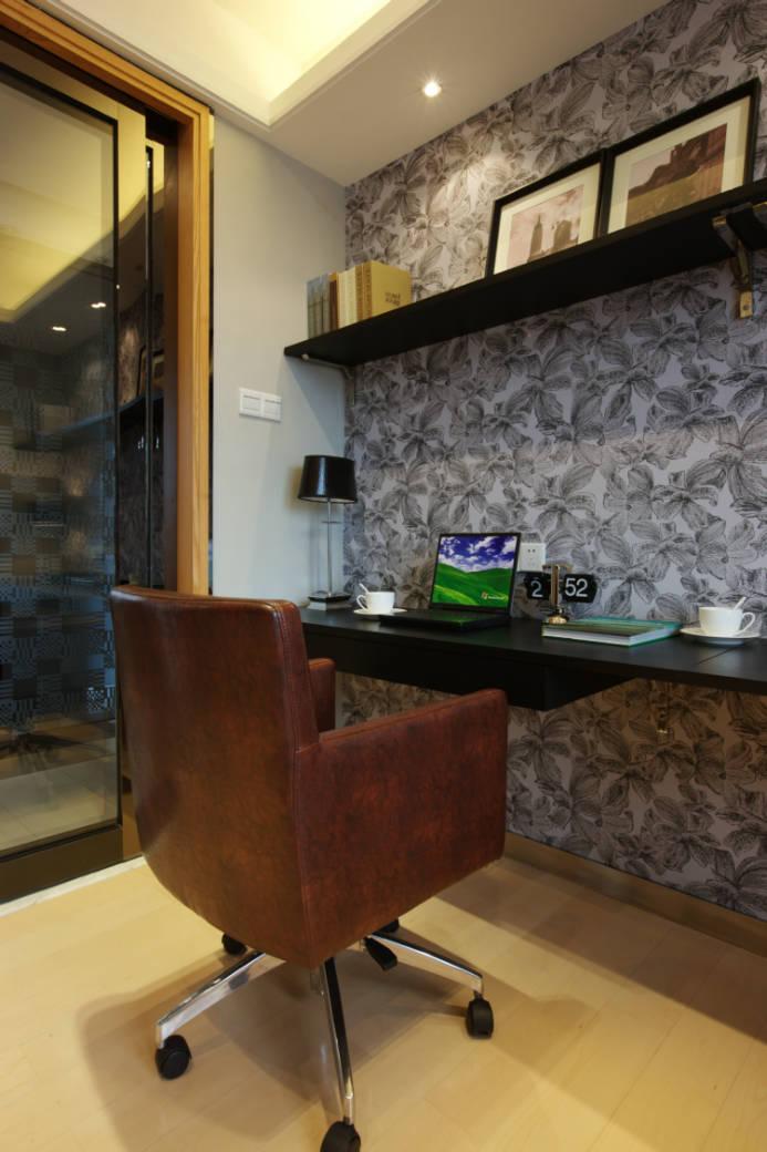 翡翠城 130平米 后现代 三室 书房图片来自cdxblzs在翡翠城 130平米 后现代 三室的分享