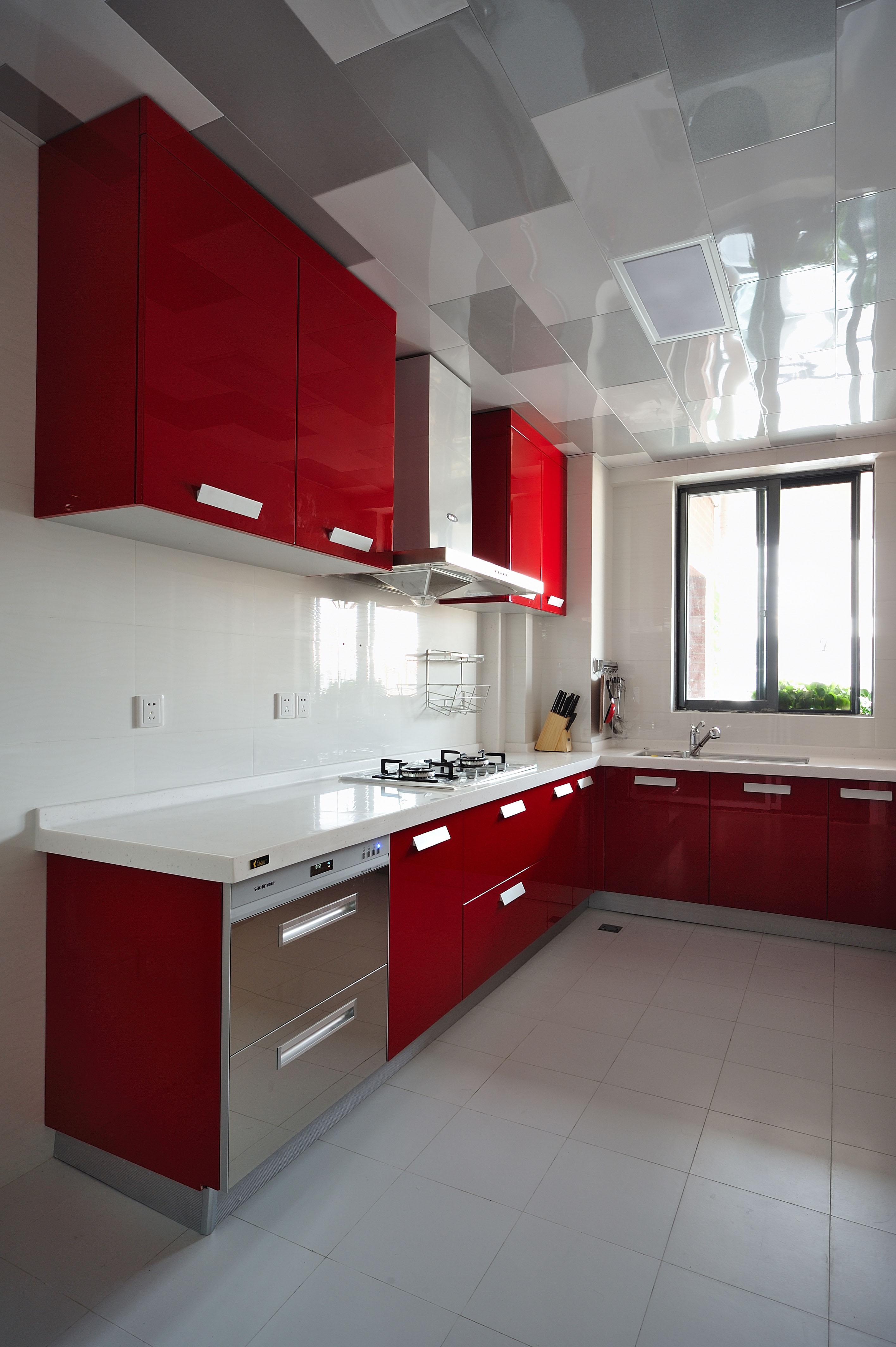 三居 收纳 小资 厨房图片来自广州生活家家居在金辉莱茵城128㎡的分享