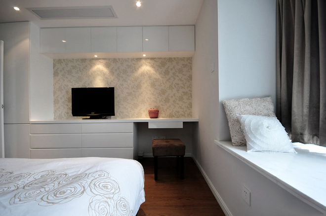 简约 欧式 三居 曹杨三村 卧室图片来自实创装饰上海公司在107平3居简欧美家的分享