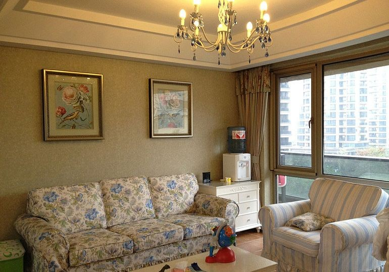 客厅图片来自fy1160721905在首地浣溪谷 三居室 田园风情的分享