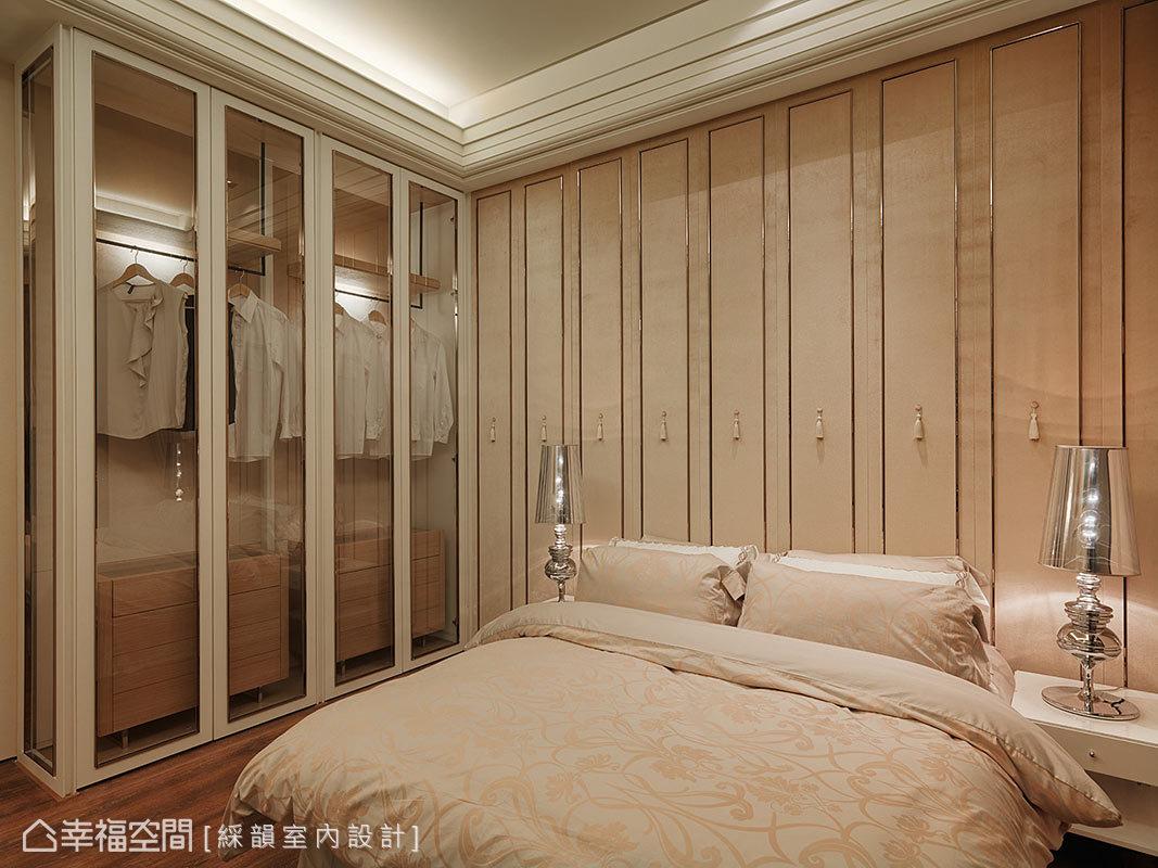 三居 新古典 收纳 小资 卧室图片来自幸福空间在160平金色与银色的新古典想象的分享