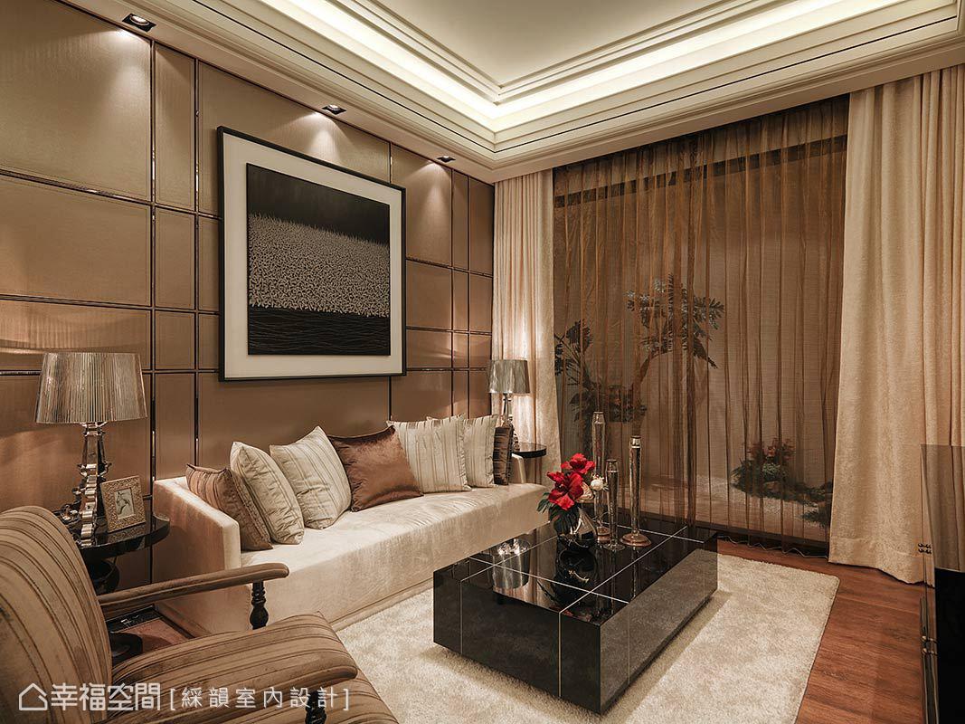 三居 新古典 收纳 小资 客厅图片来自幸福空间在160平金色与银色的新古典想象的分享