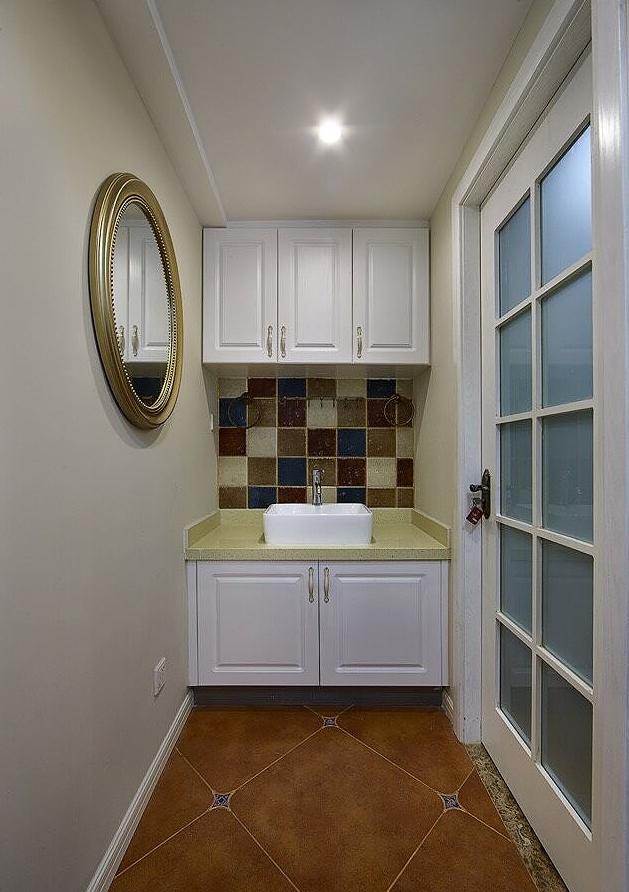 卫生间图片来自家装大管家在89平简约纯粹美式 独有一丝幽静的分享