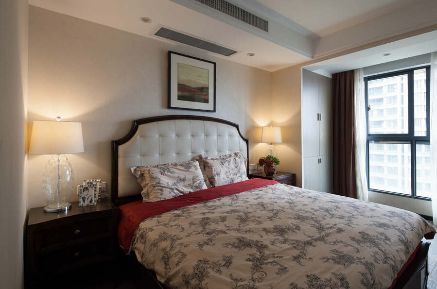 简约 欧式 混搭 四居室 白领 80后 小资 保利康桥 卧室图片来自成都V2装饰在保利康桥时尚混搭风格的分享