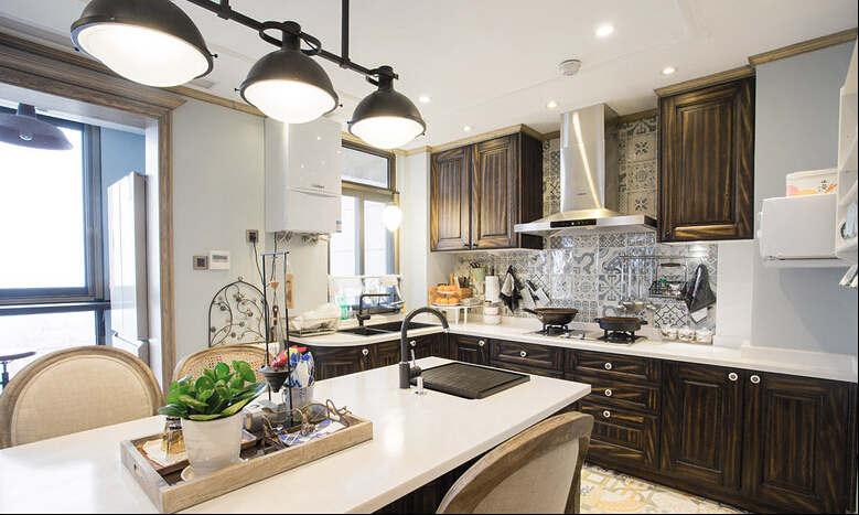 简约 欧式 混搭 四居室 白领 收纳 英郡 普罗旺斯 客厅图片来自成都V2装饰在英郡普罗旺斯风格的分享