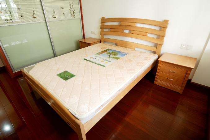 田园 二居 白领 收纳 卧室图片来自武汉豪迪装饰公司在福星华府的分享