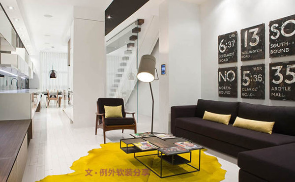 这间由加拿大设计公司Cecconi Simone设计的狭长型公寓,采用简洁流畅的现代风格对空间进行规划,从而实现了明亮清爽的现代居家氛围。