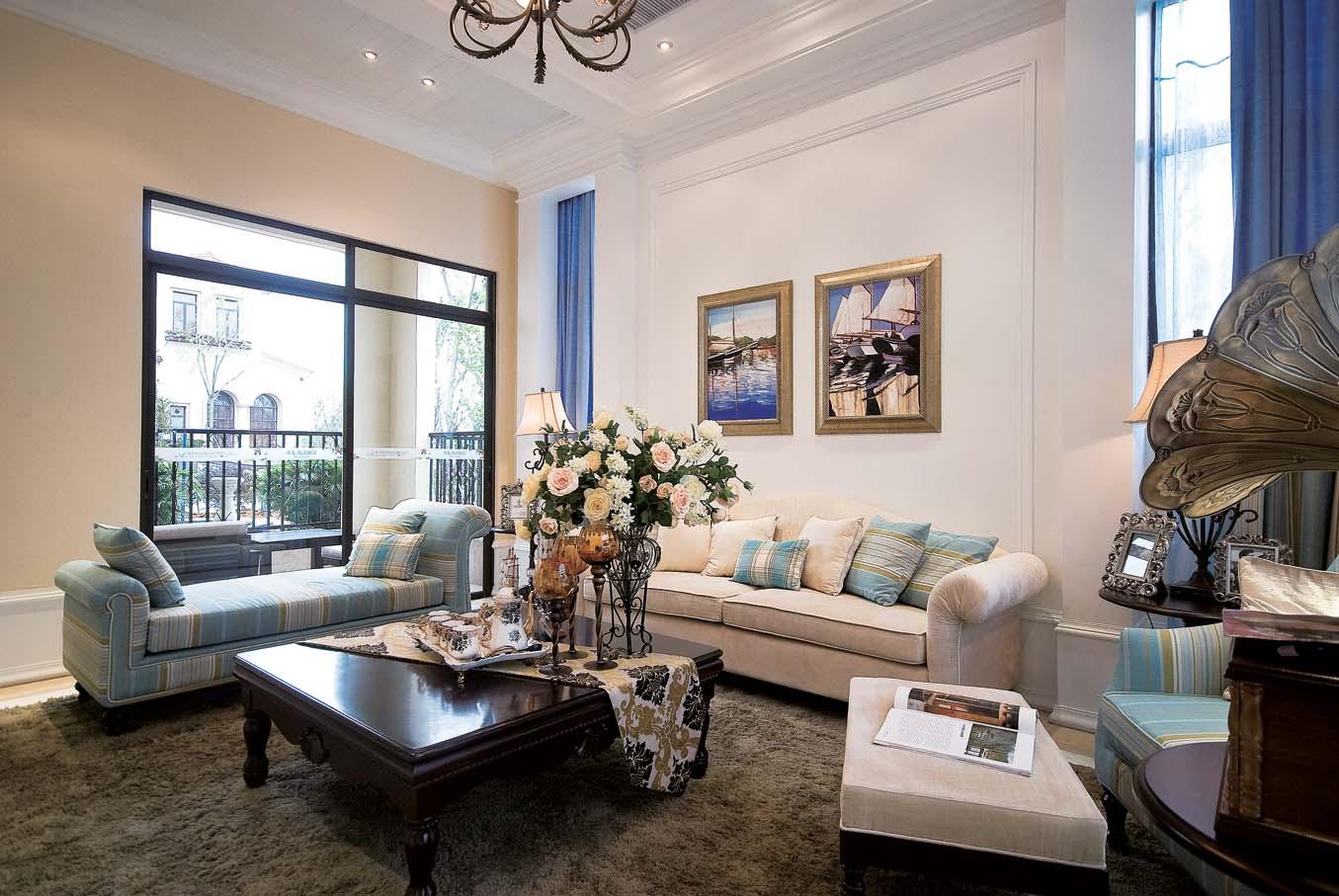 客厅图片来自成都家和装饰在花园别墅的分享