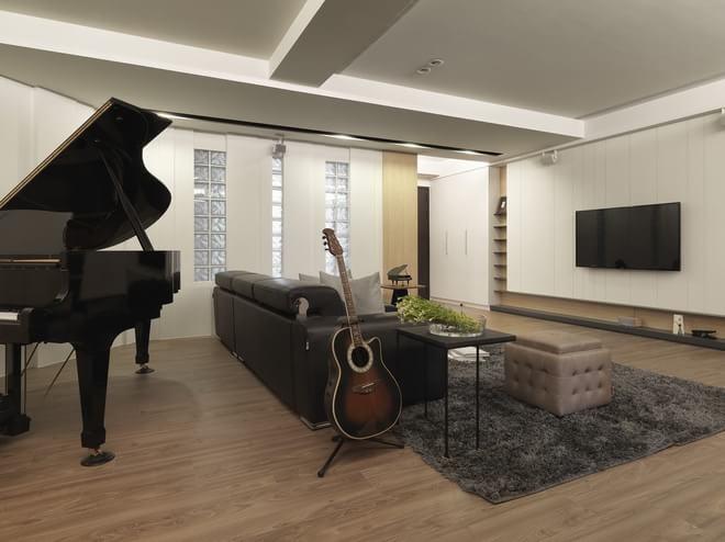 欧式 简约 三居 别墅 客厅图片来自成都高度国际在【高清】老屋蜕变北欧爱乐家的分享