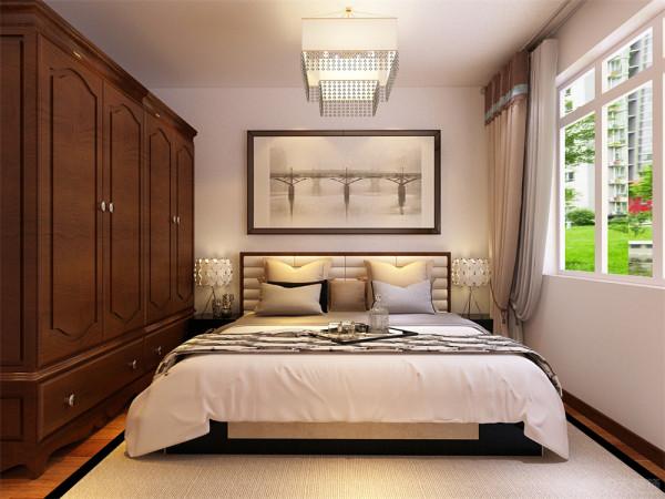 卧室铺地板,次卧室放电脑桌