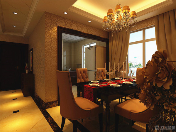 吧台以及酒柜的设计采用了实木的材料进行搭配,餐厅以及厨房的设计在餐厅的设计上采用了实木的家具以及厨房的实木口线进行装饰。踢脚线则采用与波打线同样的材质进行修饰