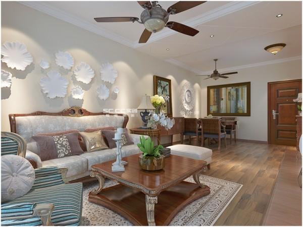 客厅沙发背景墙,盘子装饰