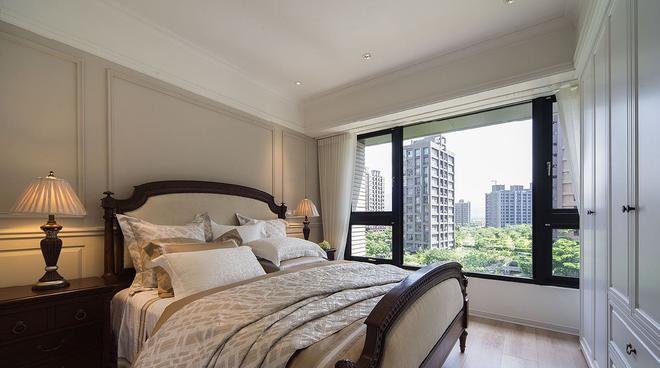 新古典风格 四居 老房翻新 卧室图片来自实创装饰上海公司在195平新古典风格老房改造的分享