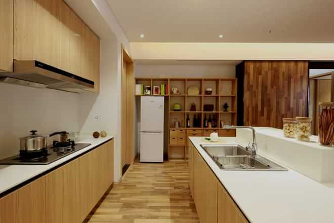 简约 三居 小资 厨房图片来自四川岚庭装饰工程有限公司在现代简约风格的环保个性家的分享