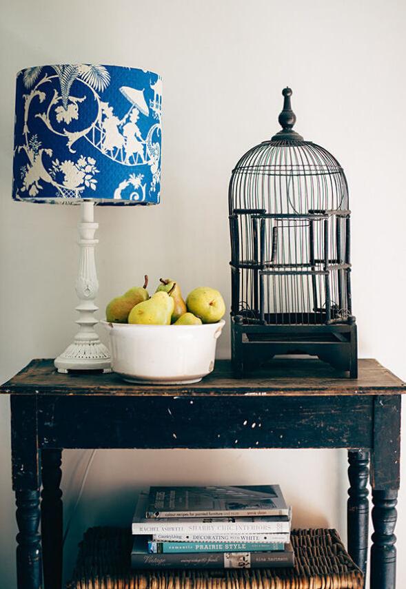 欧式 古典 家居 客厅图片来自北京精诚兴业装饰公司在贵族气息:古典家具的分享