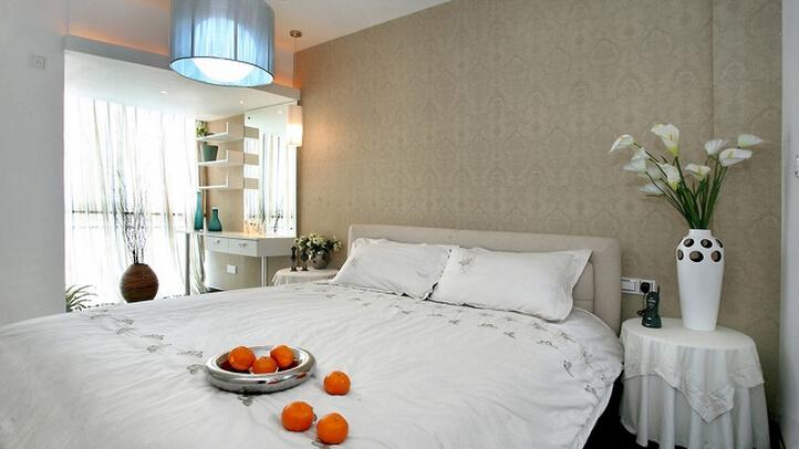 三居 简约 现代 小资 收纳 白领 卧室图片来自武汉实创装饰在融侨城124平现代简约风的分享