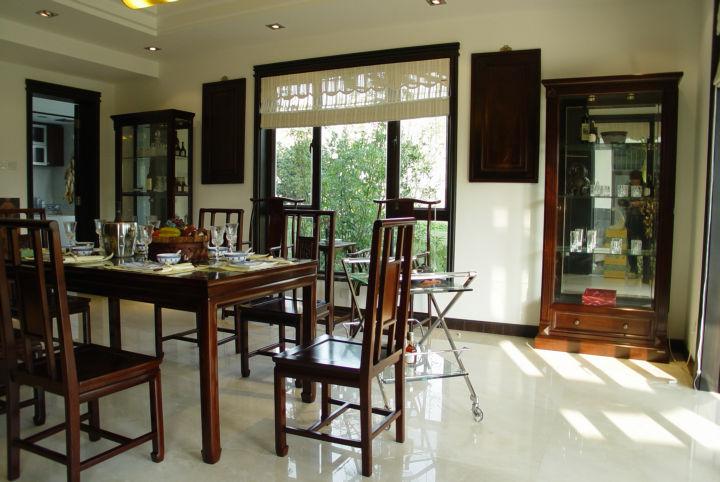 客厅图片来自cdxblzs在中海名城 160平米 现代中式 复式的分享