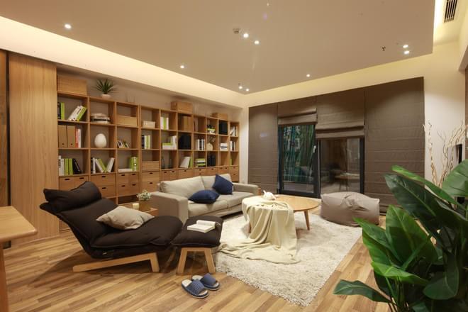 简约 三居 小资 客厅图片来自四川岚庭装饰工程有限公司在现代简约风格的环保个性家的分享