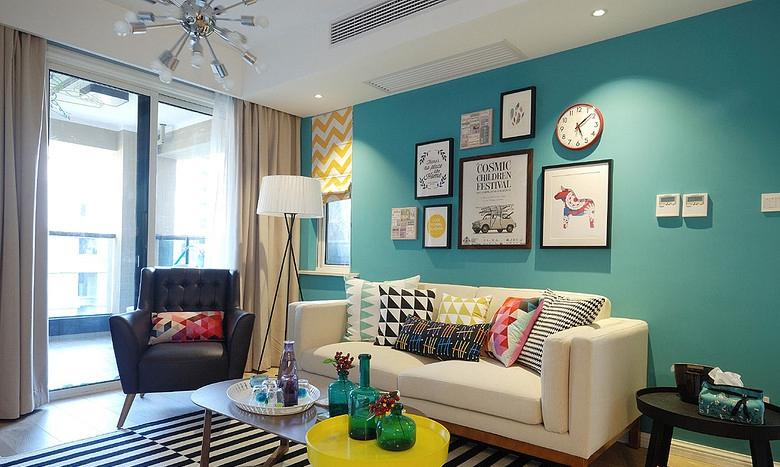 客厅图片来自佰辰生活装饰在两室一厅温馨小家的分享