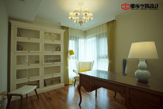 简约 小资 书房图片来自四川岚庭装饰工程有限公司在法式风格家的分享