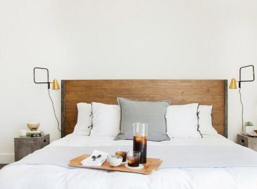 室内设计 白色公寓 住宅 卧室图片来自北京精诚兴业装饰公司在白色公寓住宅室内设计的分享