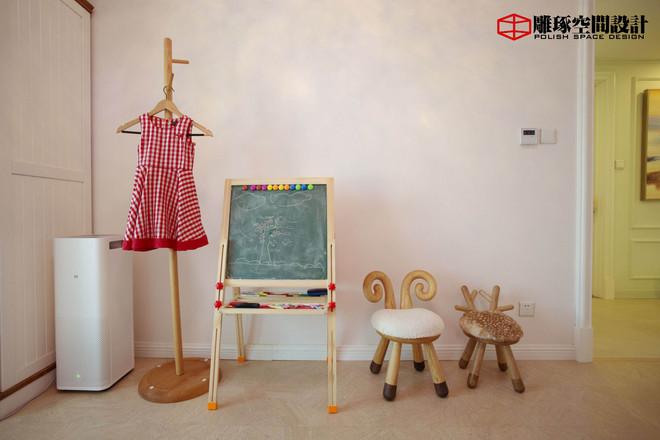 简约 小资 儿童房图片来自四川岚庭装饰工程有限公司在法式风格家的分享