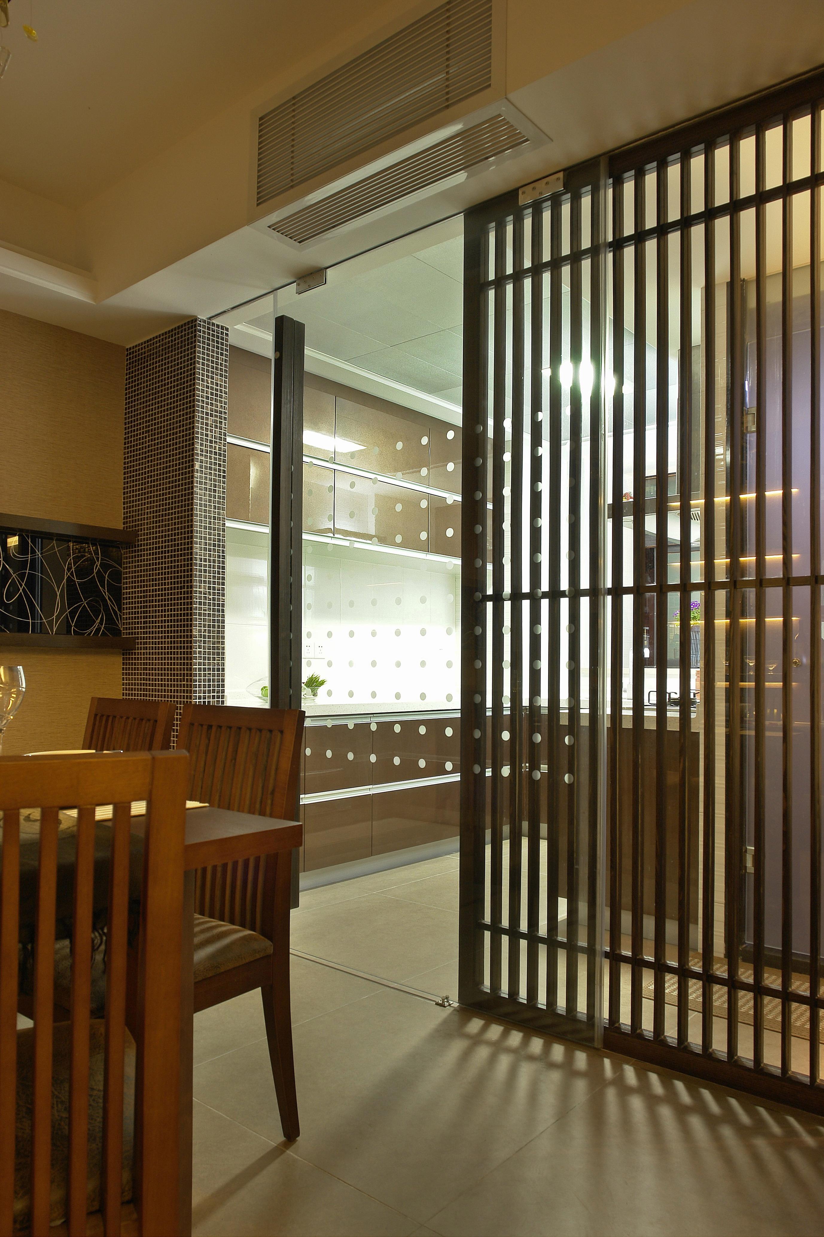 简约 三居 旧房改造 135平 富贵园 餐厅图片来自赵修杰在135平  简约时尚的分享