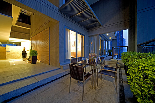 阳台图片来自上海本意空间建筑装饰有限公司在领秀城国际旅游度假社区的分享
