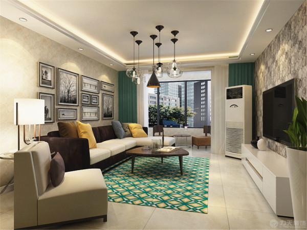 客厅的电视背景墙用简单的挂画做装饰,室内墙体是以浅色壁纸为整体,与电视背景墙相对,用了AB版壁纸。