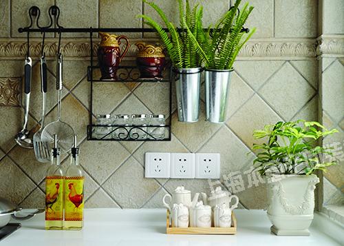 混搭 白领 别墅 厨房图片来自上海本意空间建筑装饰有限公司在连君曼博仕后缘墅现代的分享