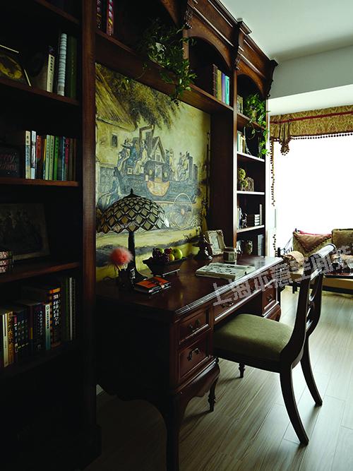 混搭 白领 别墅 书房图片来自上海本意空间建筑装饰有限公司在连君曼博仕后缘墅现代的分享