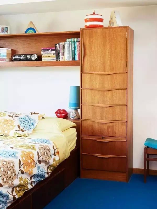三居 东南亚 客厅 卧室 儿童房 卧室图片来自实创装饰晶晶在60年代老房子的艳丽与风情!的分享