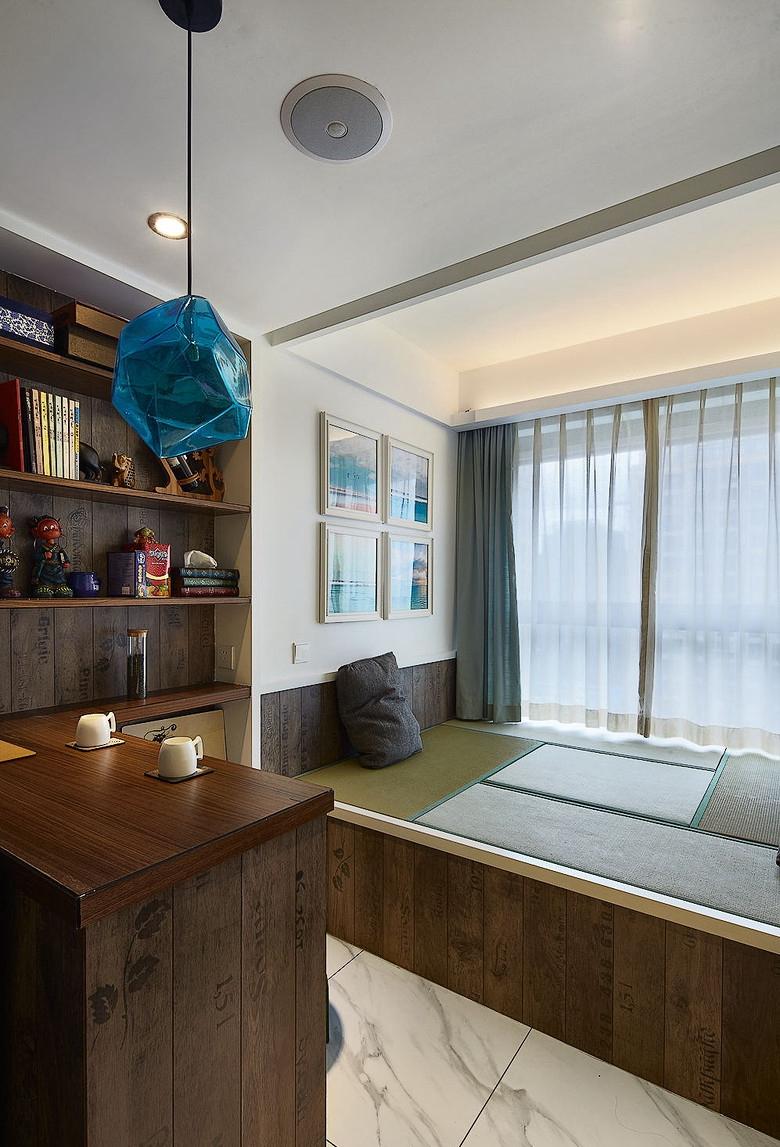 书房图片来自佰辰生活装饰在85平两室一厅简约小窝的分享