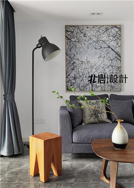 北岩设计 兰亭雅苑 实景照片 现代 简约 跃层 阁楼 客厅图片来自北岩DESIGN在兰亭序•影的分享