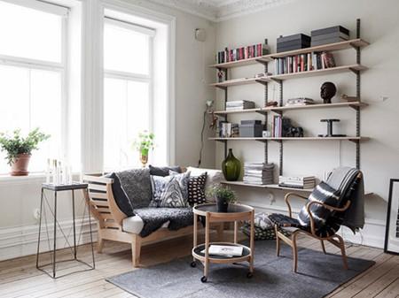 今天介绍的是130平米的两居室的装修案例,是一个清新自然的三口之家。