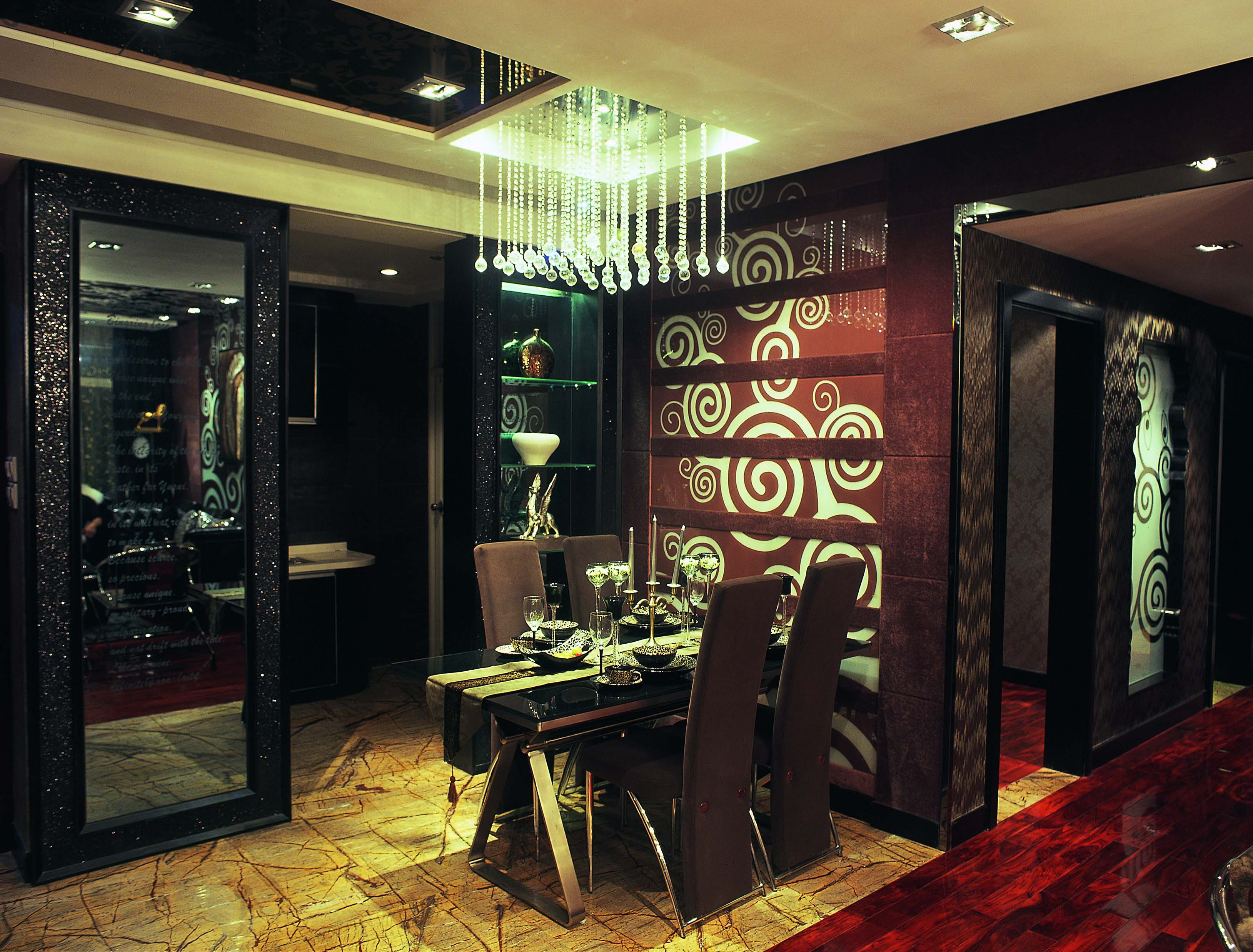 欧式 三居 白领 收纳 80后 小资 餐厅图片来自五百年装饰在欧式古典豪华装修实景图的分享