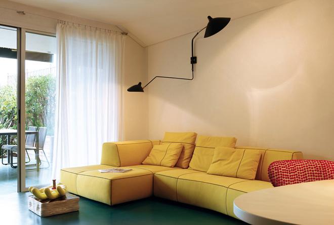 混搭 客厅图片来自四川岚庭装饰工程有限公司在65平米多彩小户型公寓的分享