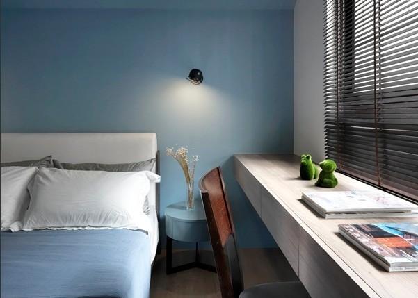 混搭 卧室图片来自四川岚庭装饰工程有限公司在70平米混搭风一居室的分享