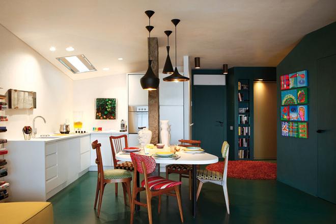 混搭 餐厅图片来自四川岚庭装饰工程有限公司在65平米多彩小户型公寓的分享