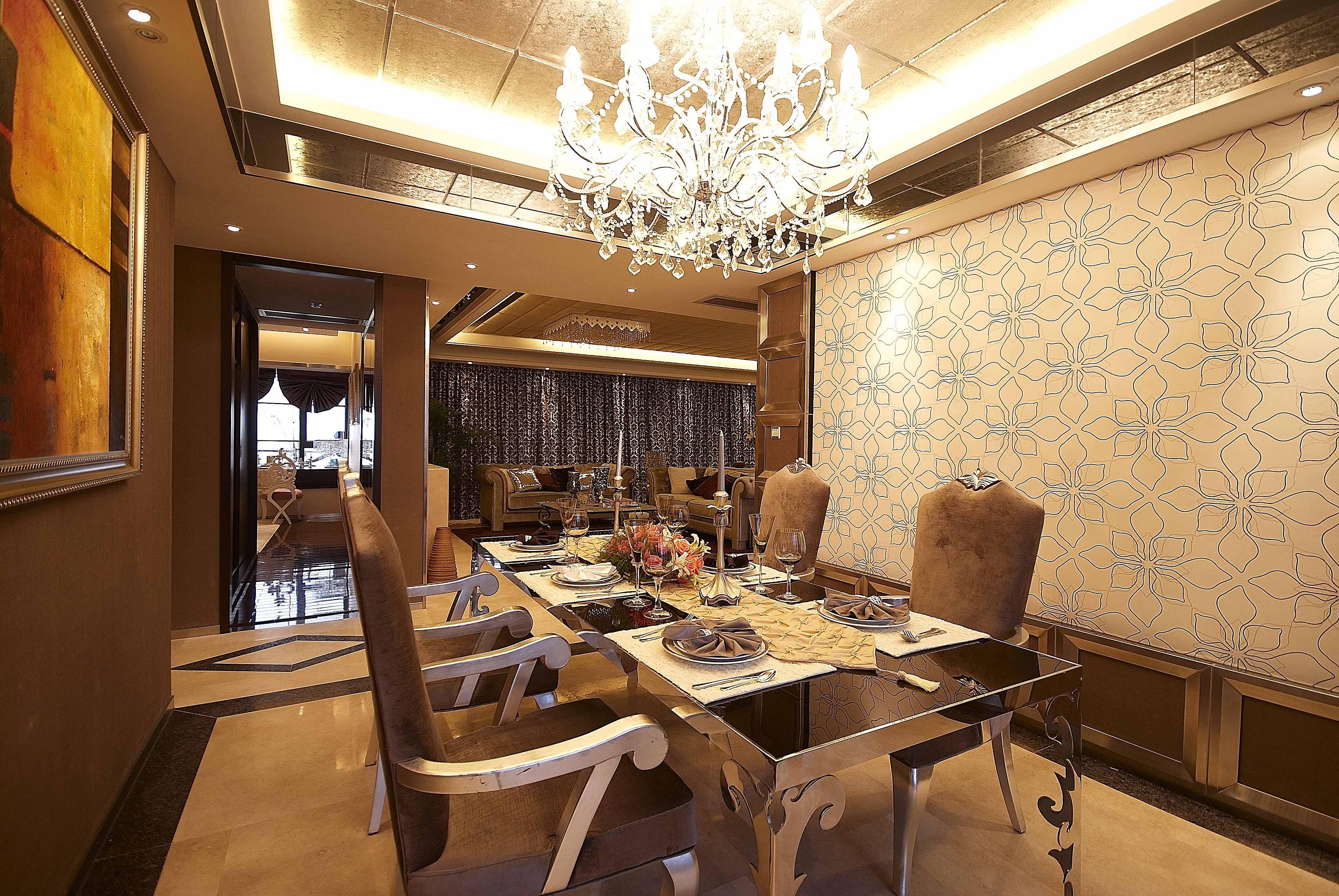 欧式 三居 白领 收纳 80后 小资 餐厅图片来自五百年装饰在欧式古典三居室的分享